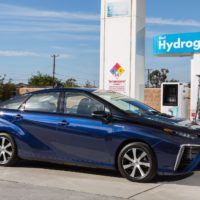 http://www.smmt.co.uk/wp-content/uploads/sites/2/2016_Toyota_Fuel_Cell_Vehicle_014.jpg