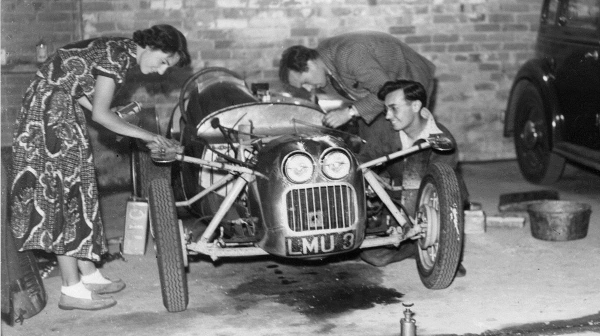 Chapman with his wife, Hazel, and the Lotus Mk 3