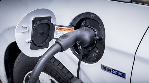 Plug in vehicle