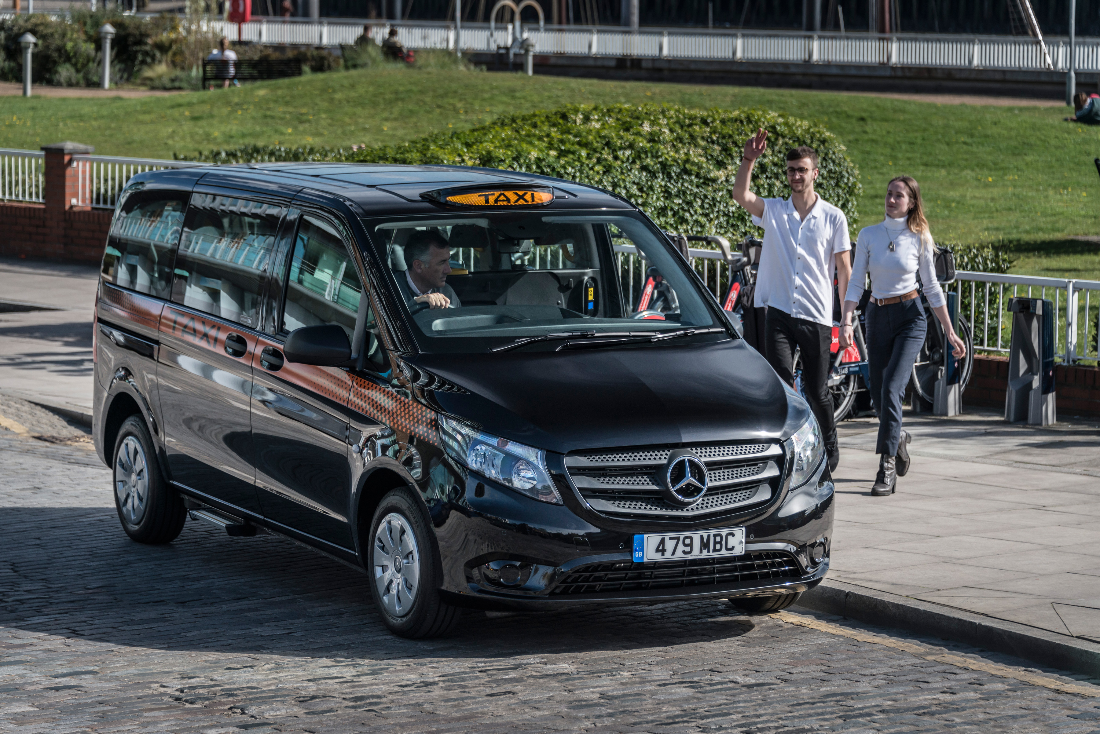 New Mercedes Benz Vito Based Taxi Joins Uk Ranks Smmt
